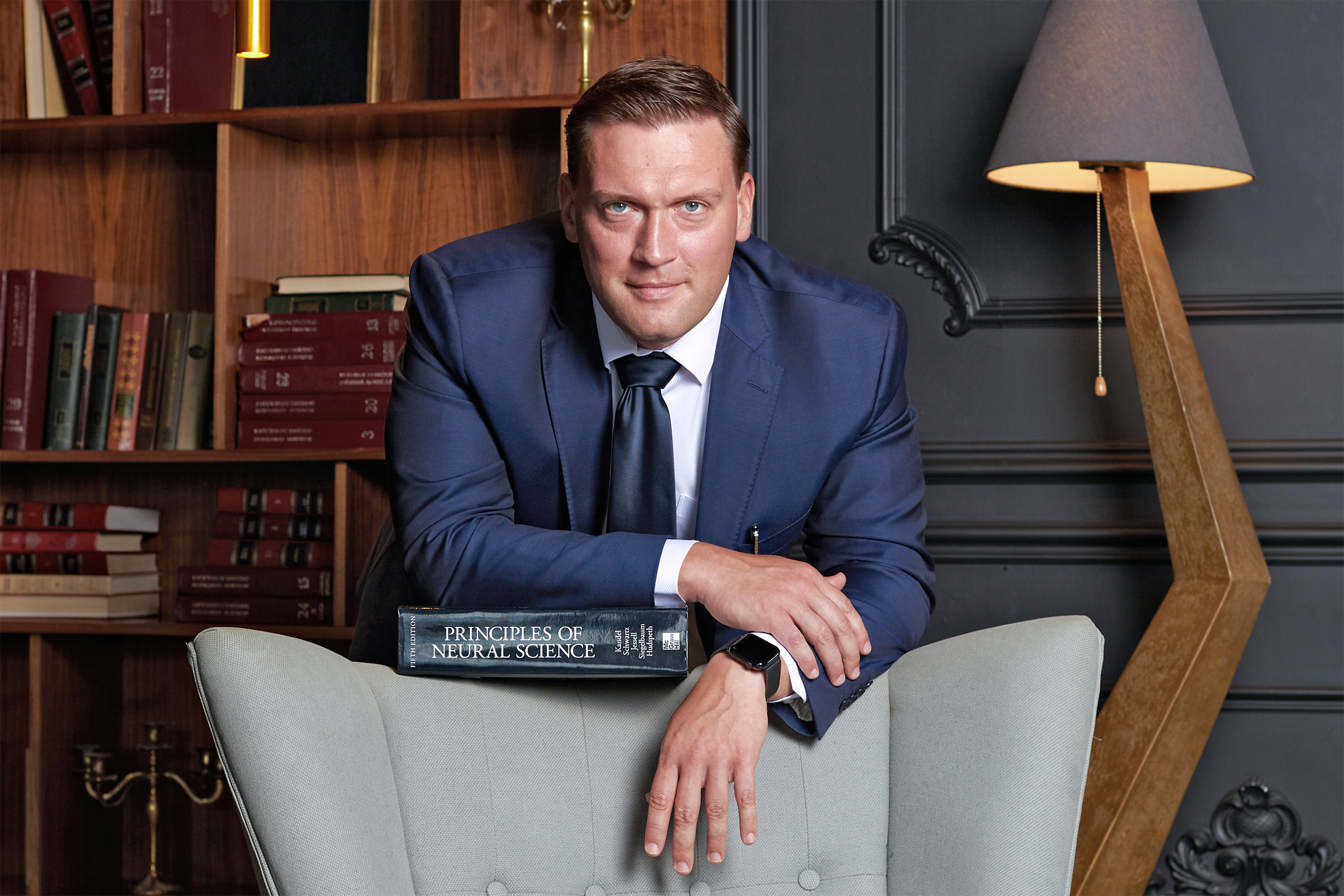 Ефимов Игорь Олегович — врач-невролог